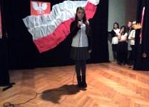 Solistka na scenie