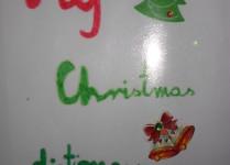 słowniczek świąteczny, na okładce dzwoneczki i choinka