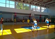 dziewczynki z naszej szkoły podczas meczu