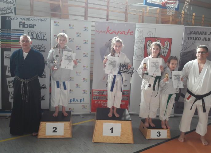 Marta na najwyższym stopniu podium