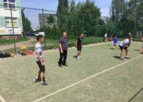 mecz siatkówki nauczyciele vs uczniowie