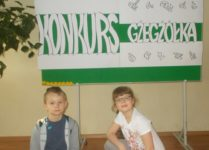 reprezentanci szkoły na konkursie gżegżółka